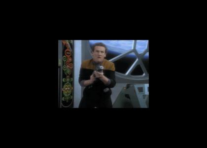 O'Brien executes the Epic Geordi Maneuver