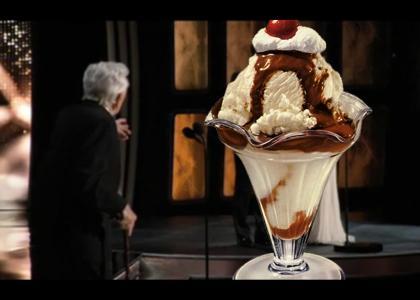 Kirk Douglas Sees things at Oscars