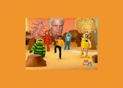 Ooo! Watch the puppets Danson!