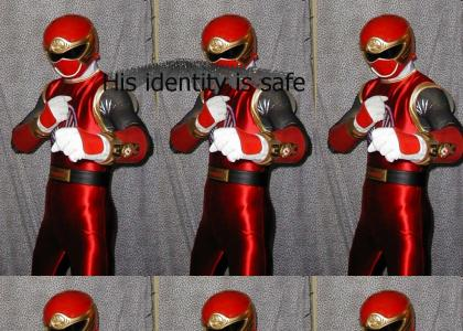 Power Ranger SUCCEEDS at cosplaying