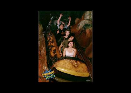 Splash Mountain Log Doesn't Change Facial Expression