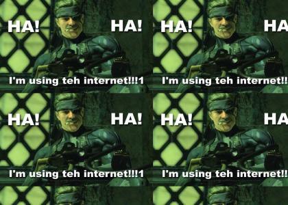 Snake Using Internets!!!