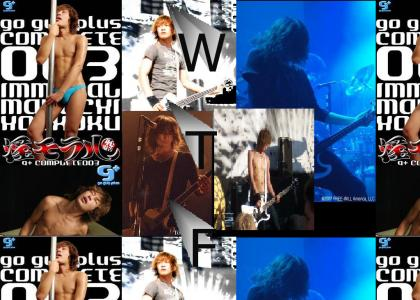 Dir en Grey -TOSHIYA =NOT PHOTOSHOPPED!!!WTFF?