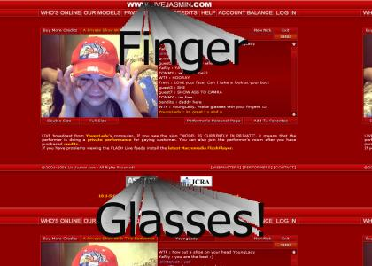 Jasminlive girl does finger glasses