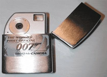 Epic James Bond Lighter Manuever